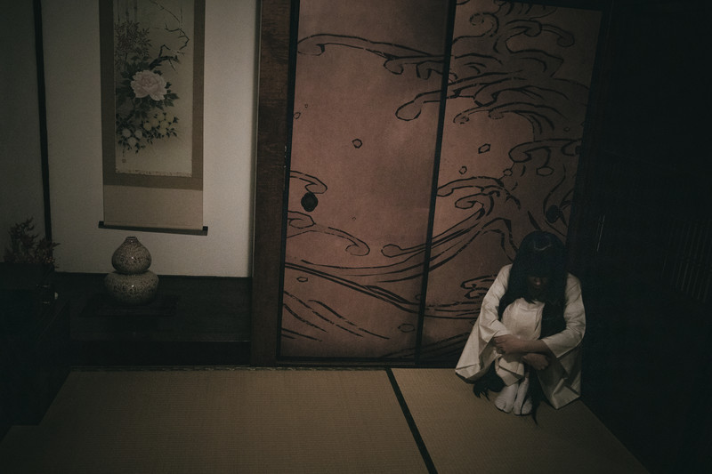 孤独の女性
